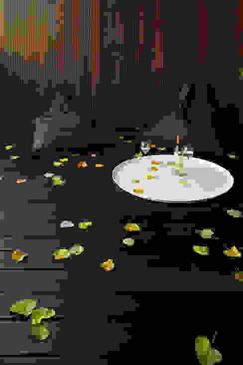A HOUSE Paredes y suelos de estilo minimalista de Vaíllo & Irigaray Minimalista