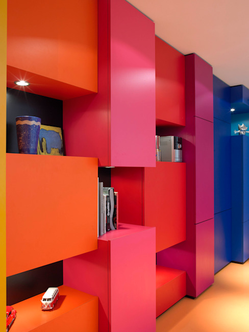 Modern nursery/kids room by Molins Design Modern
