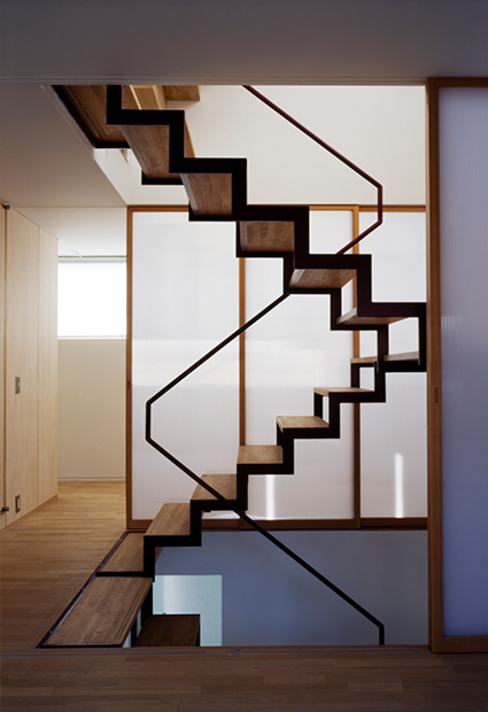House in Fujikubo Modern Corridor, Hallway and Staircase by 吉田豊建築設計事務所 YUTAKA YOSHIDA ARCHITECT & ASSOCIATES Modern