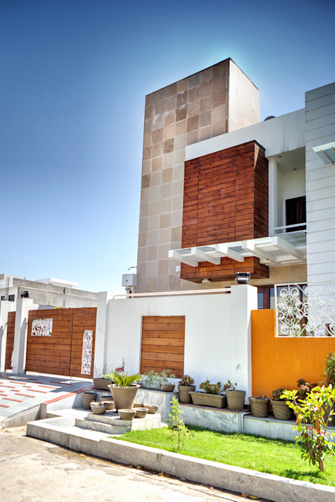 Front facade Modern houses by Studio An-V-Thot Architects Pvt. Ltd. Modern