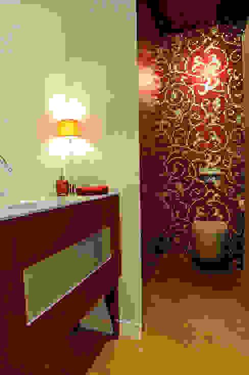 Modern bathroom by Atelièr di progettazione Modern