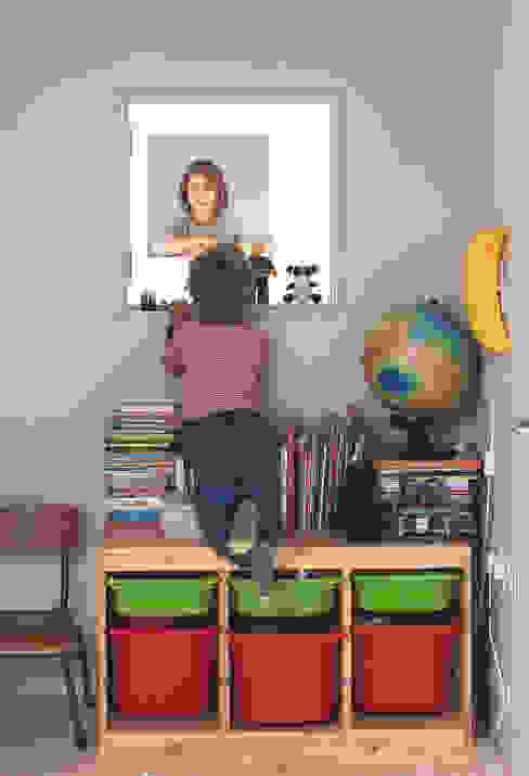 Long Crendon Dormitorios infantiles de estilo escandinavo de MailenDesign Escandinavo