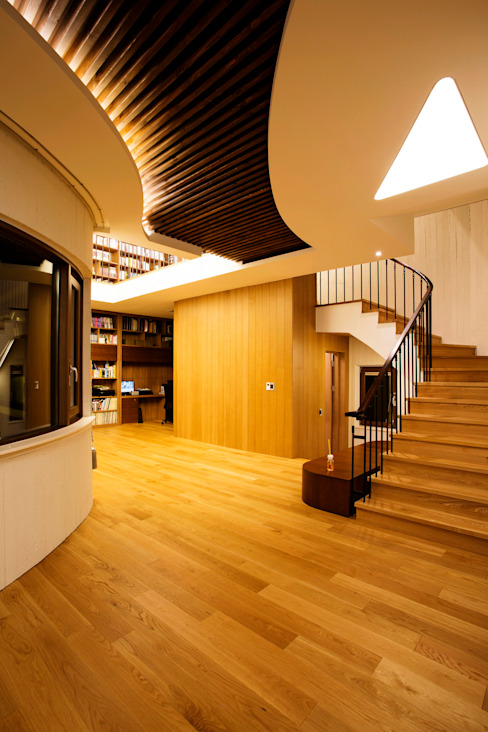 Modern Corridor, Hallway and Staircase by GIP Modern
