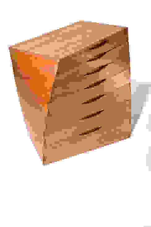 Verdrehkommode von Alignum Möbelbau Ausgefallen