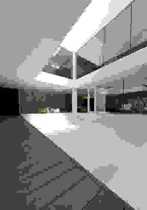 Modern Houses by METAPH建築設計事務所 / METAPH ARCHITECT ASSOCIATES Modern
