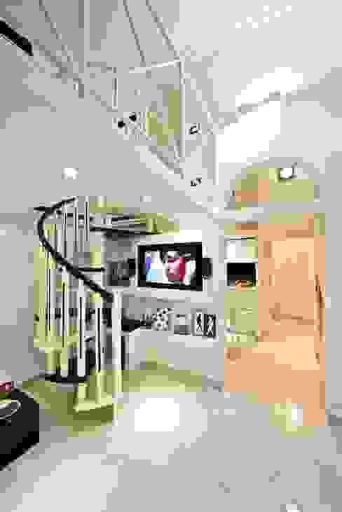 Pavart SRL Modern houses