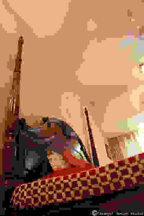 Master bedroom_4 post bed: modern  by kaamya design studio,Modern