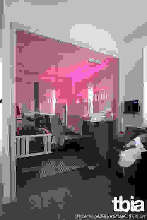 Banheiros modernos por tbia - Thomas Bieber InnenArchitekten Moderno