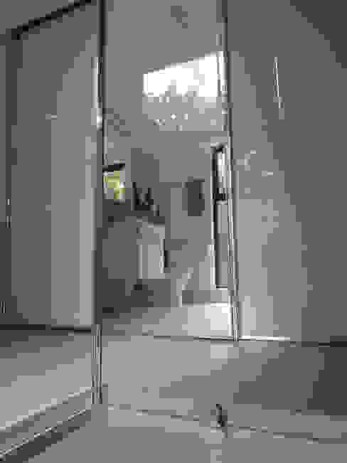 Ensuite Shower Room Modern bathroom by ArchitectureLIVE Modern