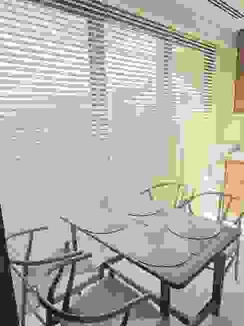 Visage Home Style – A project in İzmir, Turkiye. (Kitchen)  - İzmir'de uygulaması bize ait bir projenin mutfağından bir kare.:  tarz Yemek Odası,