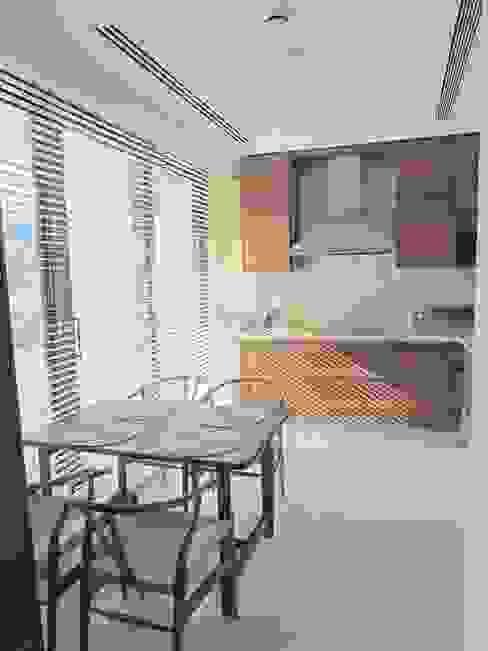 A project in İzmir, Turkiye. (kitchen) - İzmir'de uygulaması bize ait bir projenin mutfağından bir kare. Visage Home Style Modern Mutfak