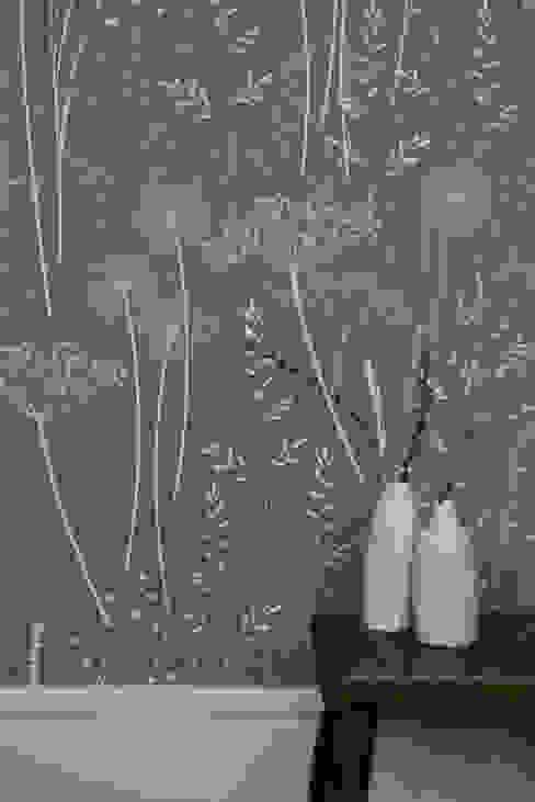 Paper Meadow in Charcoal von Hannah Nunn Klassisch