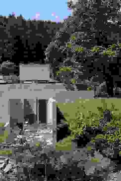 ヒュッテ閑馬: 上原和建築研究所/ Kazu Uehara Atelier, architectsが手掛けた折衷的なです。,オリジナル