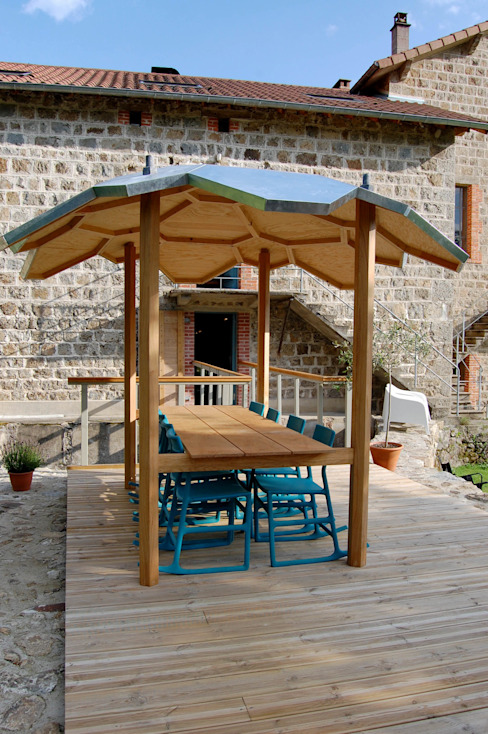 Oak outside table with integral zinc canopy David Arnold Design Garden Furniture