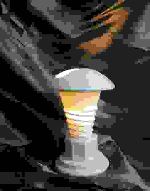 """lampe """"les temps modernes"""" par MADE 75 Moderne"""