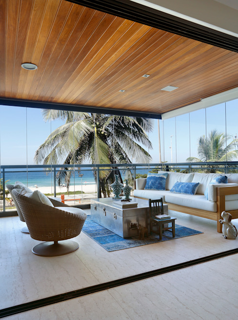 Projeto de decoração de varanda: Terraços  por Leila Dionizios Arquitetura e Luminotécnica