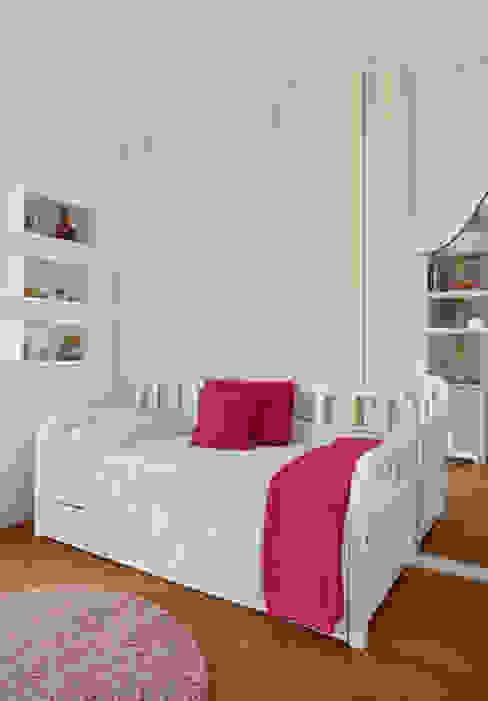 Dormitorios infantiles modernos de Leila Dionizios Arquitetura e Luminotécnica Moderno