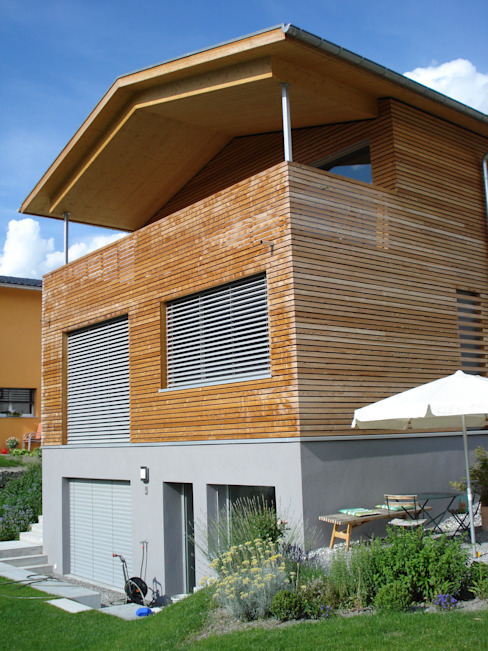 EFH Spescha Zizers Moderne Häuser von hogg architektur Modern
