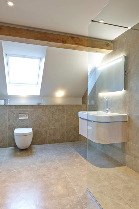 Stable Cottage Country style bathroom by Adam Coupe Photography Limited Country