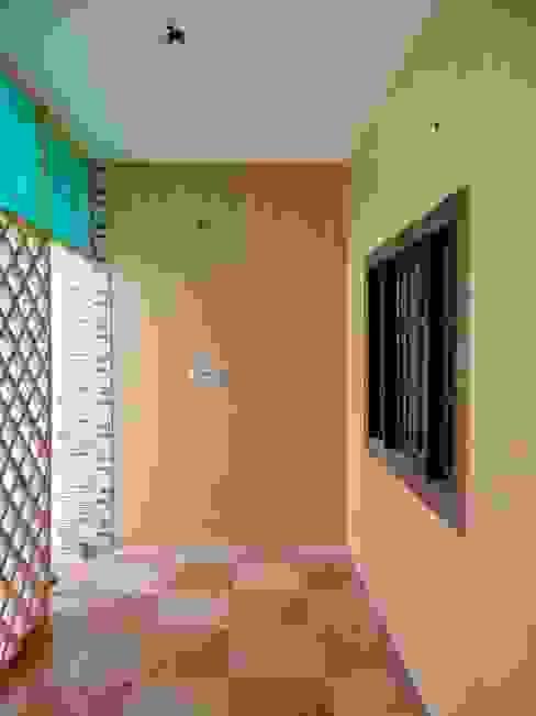 Modern Walls and Floors by Floor2Walls Modern