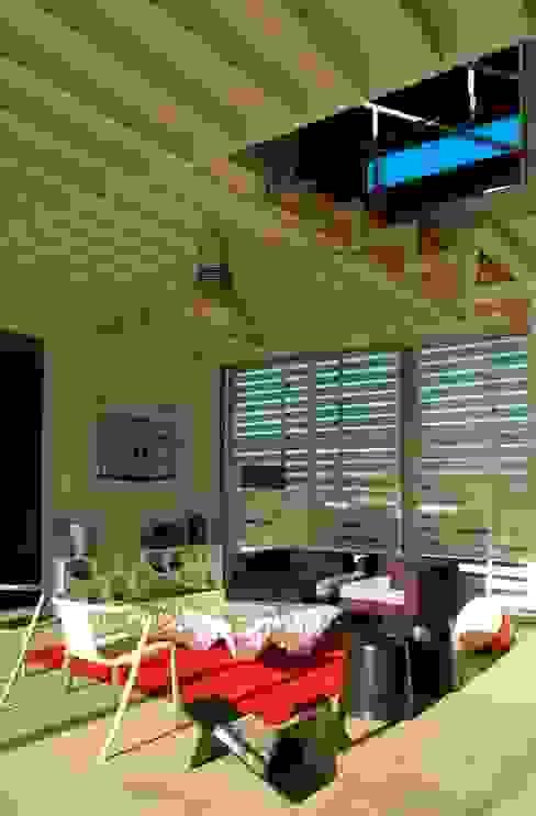 James & Mau Arquitectura의 현대 , 모던