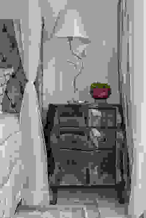 Спальня в классическом стиле от Samara Barbosa Arquitetura Классический