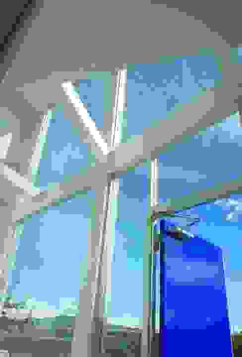 Fenster von ヴィジュアルスペールデザイン, Modern
