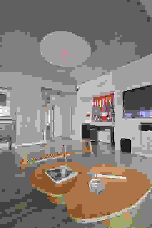 Apartamento Campo Belo - 374m2 Salas multimídia modernas por Viviane Dinamarco Design de Interiores Moderno