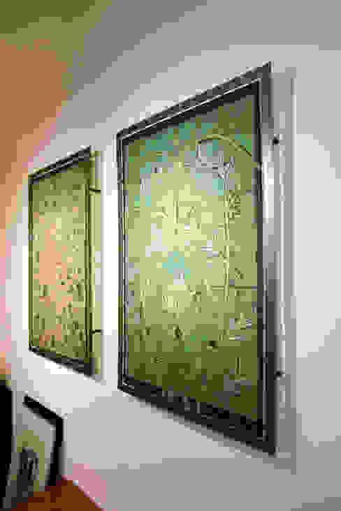 flora artwork:   von ATELIER IRENE SEMELKA,Klassisch Textil Bernstein/Gold