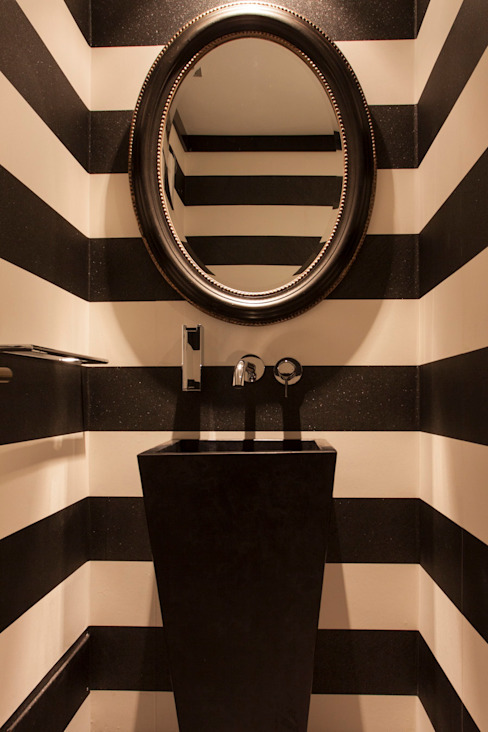 Bathroom by Magenta Interiorismo