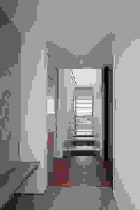 de estilo  por Yoshiaki Yamashita Architect&Associates,