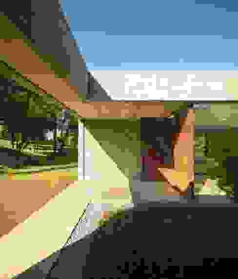 Casa de Sambade spaceworkers® Jardins modernos