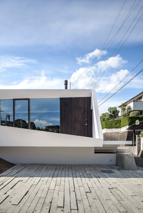 crossing point Modern houses by 後藤武建築設計事務所 Modern