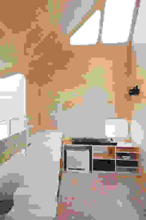 Rumah oleh FLAT HOUSE,