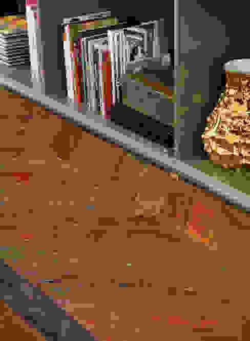 Lounge do Hotel - Casa Cor 2012 Paredes e pisos clássicos por Gisele Taranto Arquitetura Clássico
