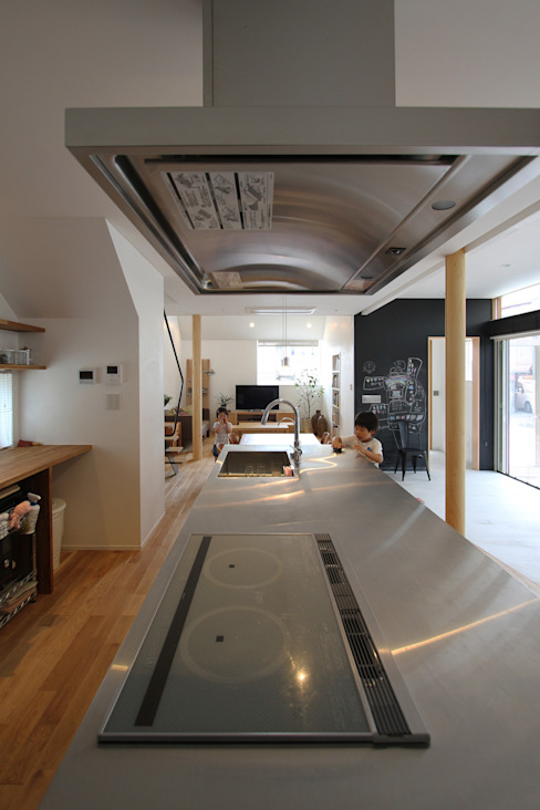 Moderne woonkamers van FCD Modern