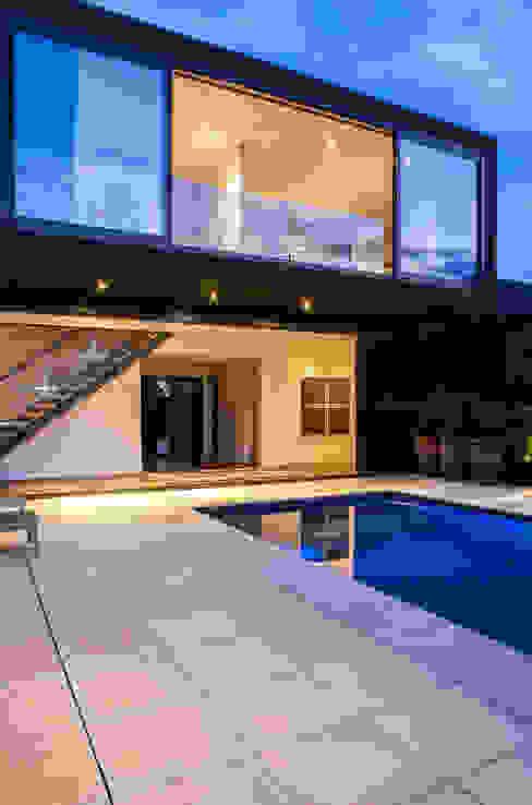 Godden Cres Moderne Häuser von Dorrington Atcheson Architects Modern
