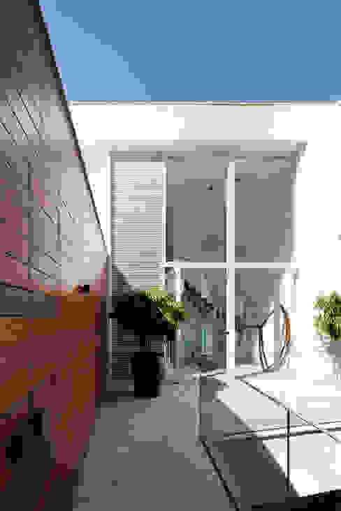 Mirante House Moderne Häuser von Gisele Taranto Arquitetura Modern