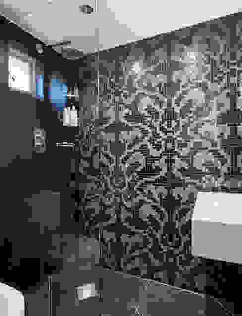 Camberwell Victorian House Ванная комната в стиле модерн от My Bespoke Room Ltd Модерн