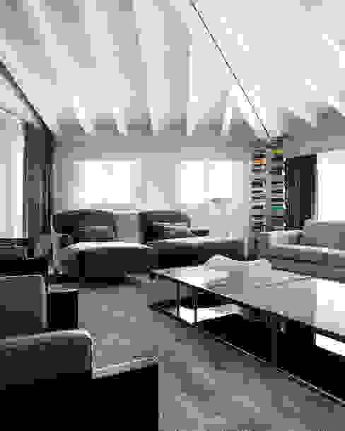 Modern Oturma Odası Studio d'Architettura MIRKO VARISCHI Modern