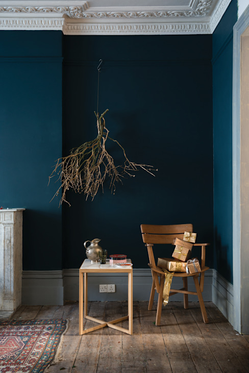 Living room by Farrow & Ball, Classic