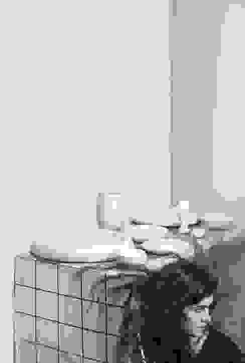 Haft Sin collection Light Gray:  Kunst  door Hozan Zangana studio,