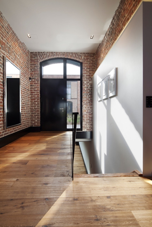 Коридор, прихожая и лестница в модерн стиле от SONJA SPECK FOTOGRAFIE Модерн