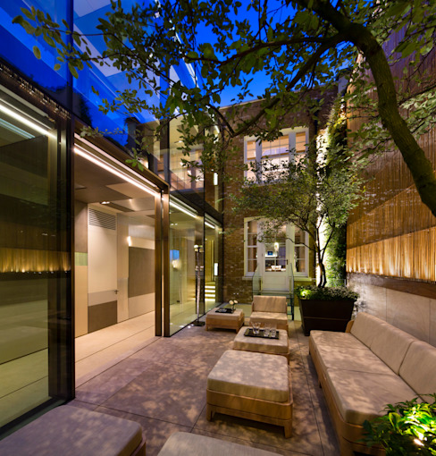 Private Garden, Belgravia, Living Wall por Biotecture
