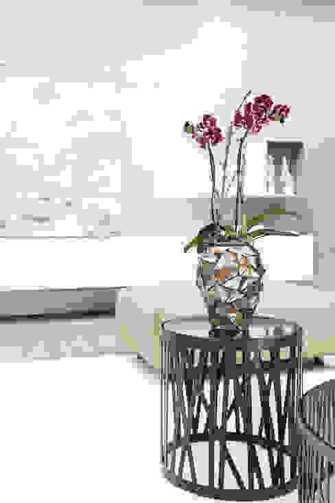 COAST orchid vase de homify Ecléctico