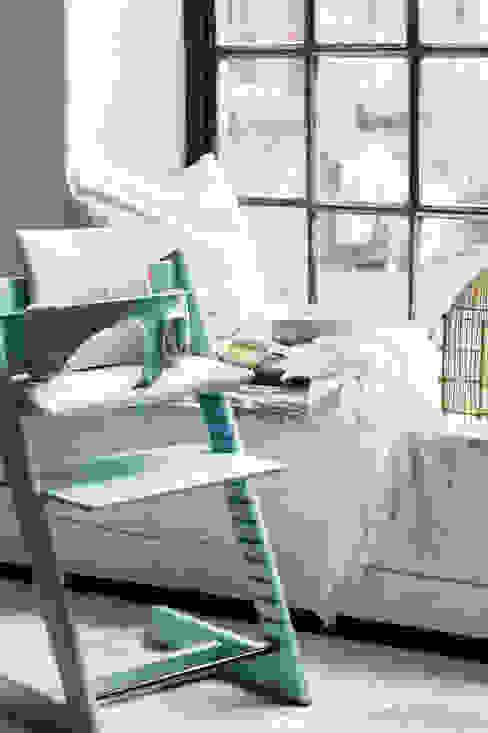 Aqua Blue Stokke GmbH KinderzimmerSchreibtische und Stühle