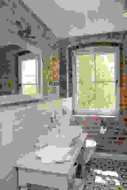 wnetrza Skandynawska łazienka od Mocca Studio Skandynawski