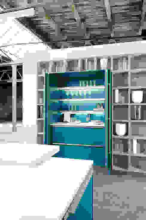 Cocinas de estilo  por fit Kitchens