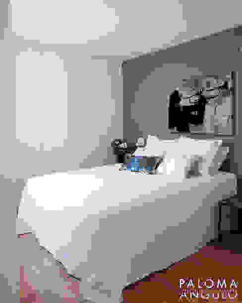 غرفة نوم تنفيذ Interiorismo Paloma Angulo,