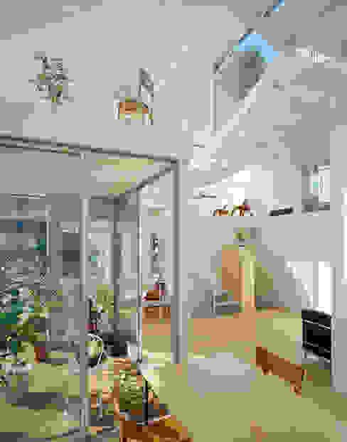 House in Chayagasaka 모던스타일 거실 by 近藤哲雄建築設計事務所 모던